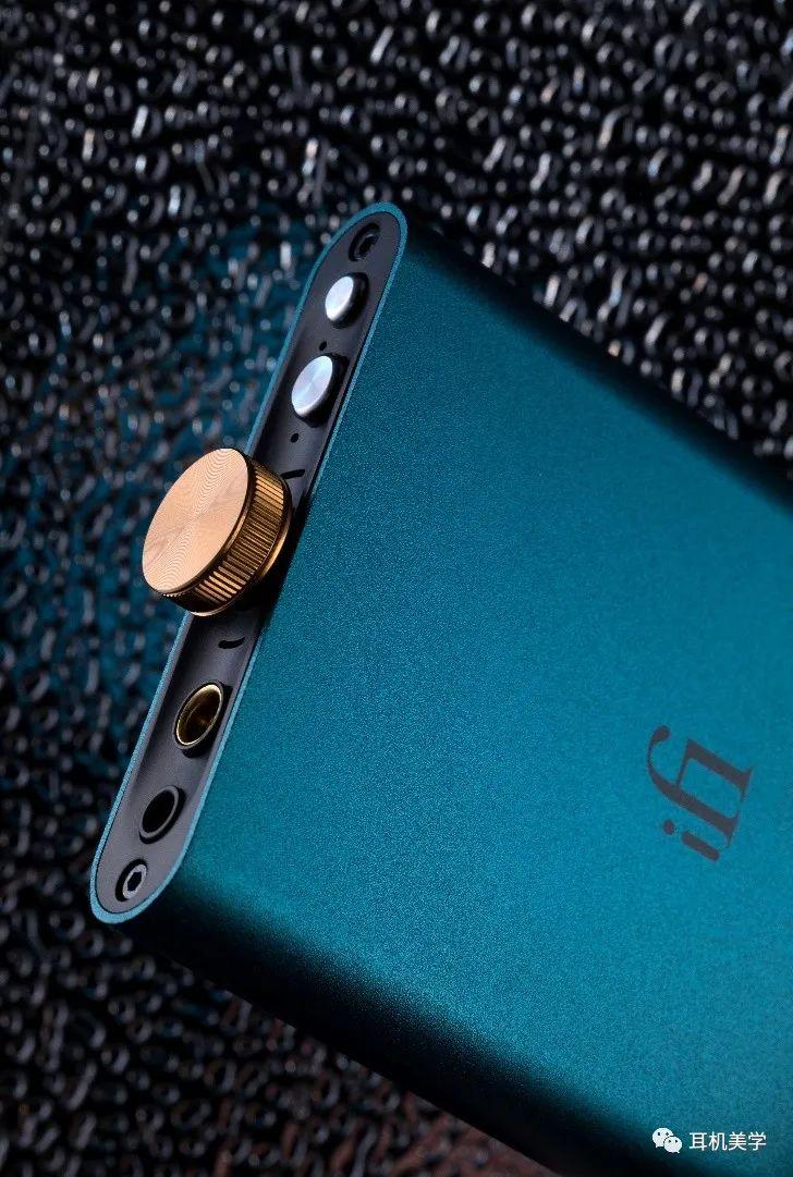 iFi推出便携式USB解码耳放一体机